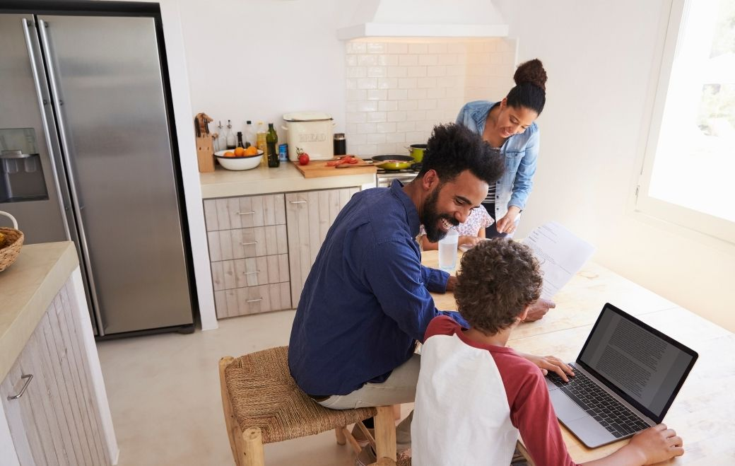 man-sharing-children-life-insurance-policy-details-with-kid